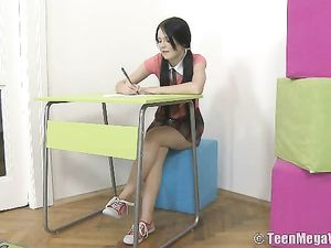 Schoolgirl Beauty Fucks Instead Of Studying